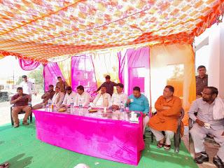 स्वर्गीय बेनी प्रसाद वर्मा की श्रद्धांजलि सभा को लेकर  जिले भर में चल रही है बैठक