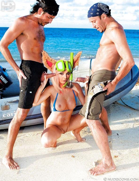 celebrity nude pics Jessica Nigri