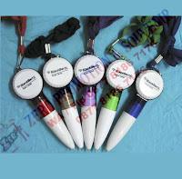 Souvenir pen tutup botol
