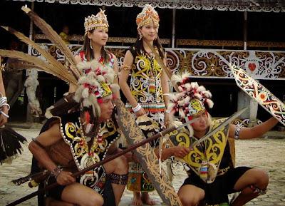 Suku bangsa yang menempati pulau besar di Indonesia