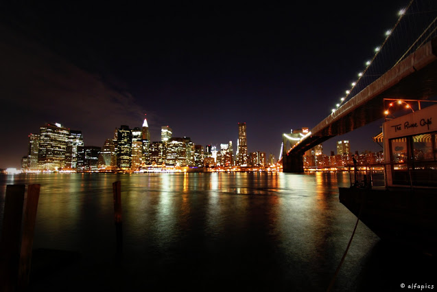 Manhattan e ponte di Brooklyn da Brooklyn