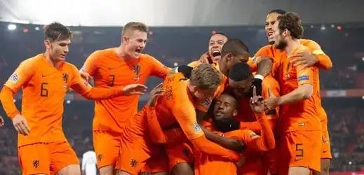 موعد مواجهة منتخبي هولندا وجبل طارق في منافسات التأهل لكأس العالم قطر 2022