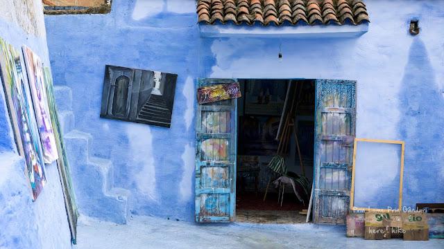 morocco chefchaouen blue door