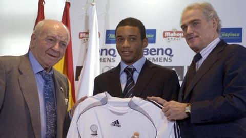 Marcelo được người cầm quân trọng dụng ở mùa giải sau khi huấn luyện viên Schuster lên dẫn dắt Real thay Capello