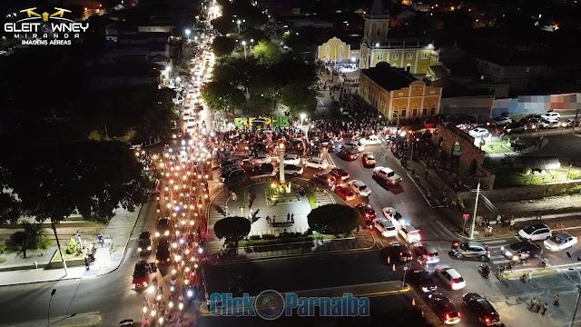 Fiéis marcam presença na última noite dos festejos de São Francisco