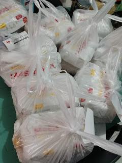 filipino girl order chicken fillet