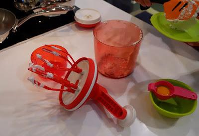 Membuat Masker Oat dengan Produk Tupperware