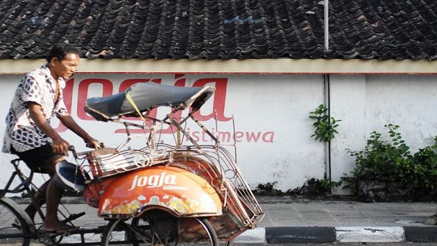 DIY Provinsi Termiskin di Pulau Jawa, Buruh: Ini karena Upah yang Murah