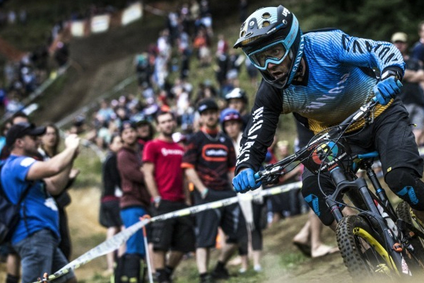 Canyon Factory Enduro Team: 2015 Ep 1 Fabien Barel in Rotorua