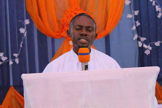 The Prayer Advantage - Rev'd Toluwalogo Agboola