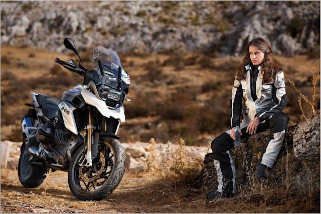 Black-Bike-Logo-Wallpaper-HD-Ultra