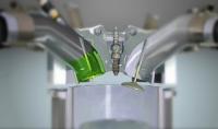 Gambar menunjukkan dalaman enjin bahagian top overhaul