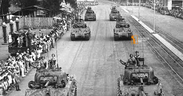 Kedatangan pasukan Sekutu pada September 1945 pada awalnya disambut baik oleh rakyat kita. Akan tetapi, setelah rakyat mengetahui pasukan Sekutu diboncengi pasukan Belanda yang ingin menegakkan kembali kekuasaan di Indonesia, sikap rakyat mulai curiga dan memusuhi pasukan Sekutu. Keadaan menjadi semakin buruk ketika pasukan NICA sering memancing kerusuhan.