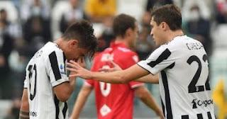 لحظة بكاء ديبالا بعد إصابته في مباراة يوفنتوس ضد سامبدوريا