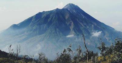 Misteri Gunung Merbabu.jpg