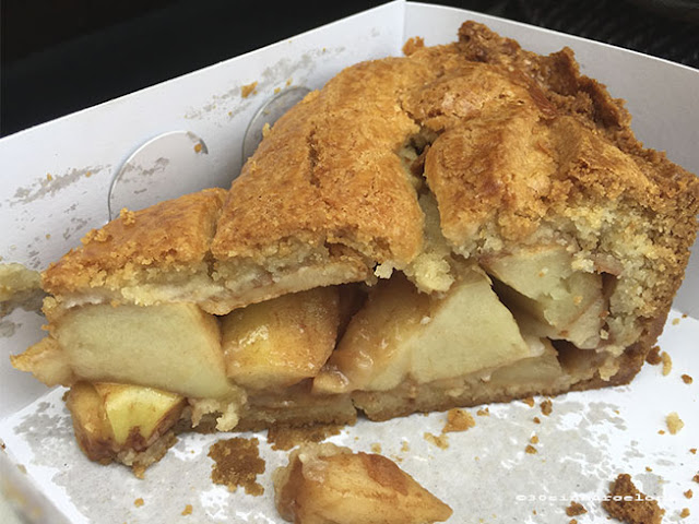 Winkel 43's apple pie, Amsterdam