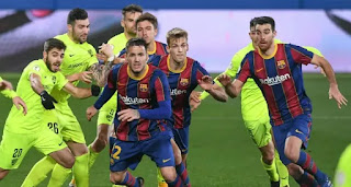 Video: Barcelona B team lose at home to Pique's Andorra
