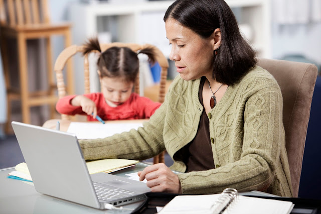 Online College Grants For Single Mothers