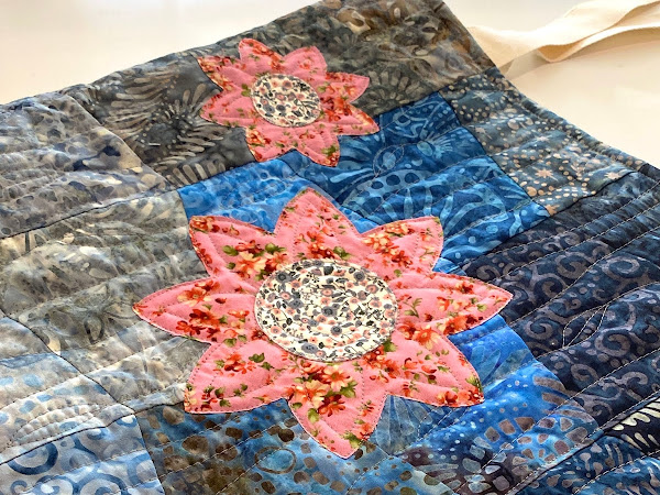 Blossoms on Blue : Quilted Bag