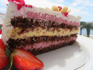 Strawberry and vanilla cream cake