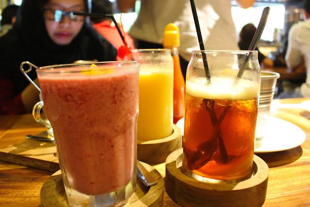 jus buah berry