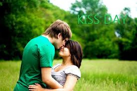Kiss Day Wallpaper free download