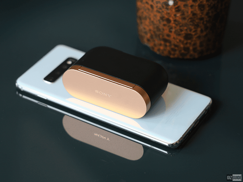 There is no wireless charging capability