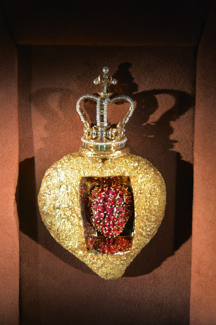 Dali Jewelry crown