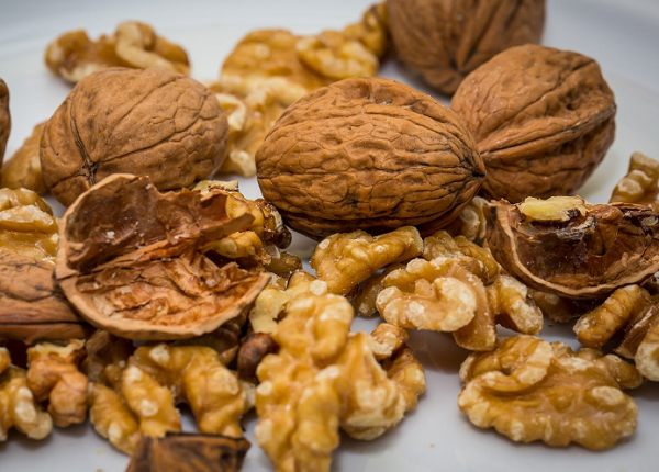 Benefits of walnuts for party