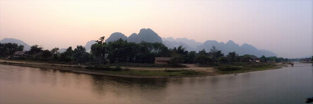 Laos Entdecken  Vang Vieng