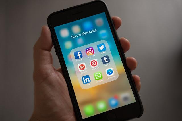 社群媒体链接