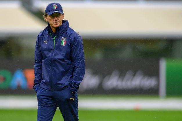 gambar pengurus pasukan bola sepak Itali, Roberto Mancini