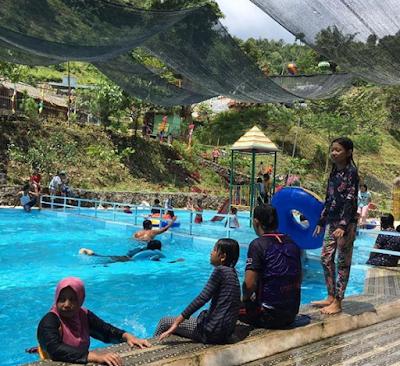 Serunya Liburan di Pemandian Kolam Mata Air  Babar Sari Lau Kulap Langkat