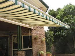 jasa layanan pembuatan dan pemasangan caanopy kain dan awning gulung jakarta