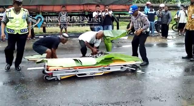 Kecelakaan di Depan Rumah Makan Ijo, Warga Kutowinangun Tewas Seketika