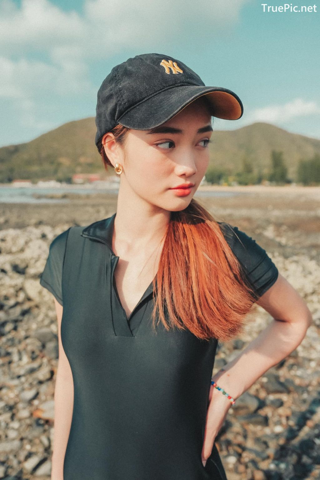 Image-Miss-Teen-Thailand-Kanyarat-Ruangrung-Black-Swimsuit-TruePic.net- Picture-8