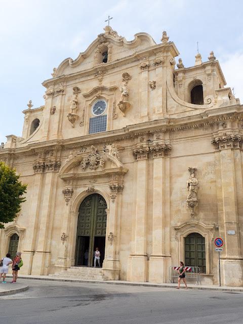 Scicli, centro storico - Sant'Ignazio ©Valeriaderiso