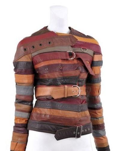 Baju terbuat dari sabuk bekas