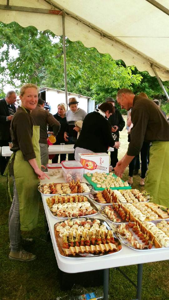 Nederlandse kok inhuren in Frankrijk? Kok aan huis | traiteur in de Auvergne, Frankrijk. Voor bruiloften, cursussen, familiefeesten en meer.