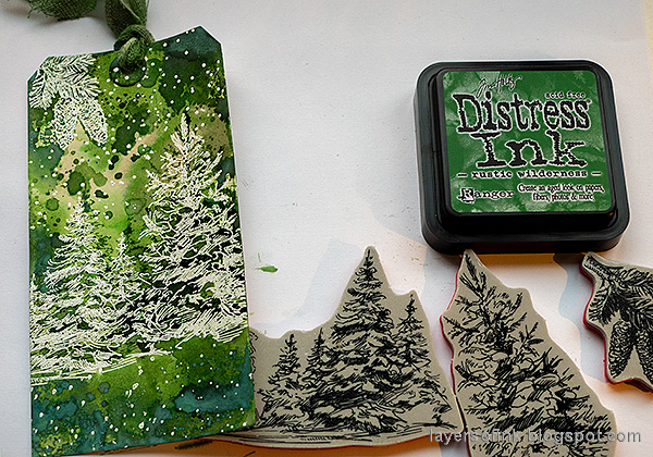 Layers of ink - Rustic Wilderness Tag Tutorial by Anna-Karin Evaldsson.