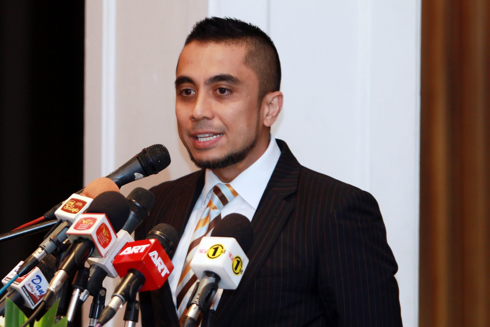 Mr. Syed Zen Bin Syed Mustafa (Managing Director of SME Factors, Malaysia)