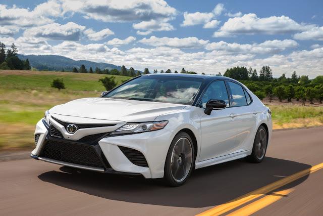 Mejorado Toyota Camry 2020