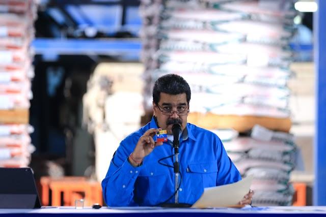 Presidente Nicolás Maduro presentó Tarjeta de Débito Plus en moneda extranjera