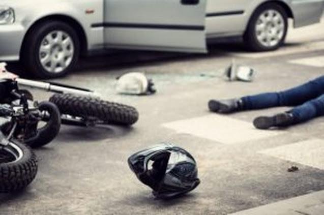 Bersepeda Motor Laga Kambing Dengan Mobil Lainnya, Mengakibatkan Satu Korban Jiwa