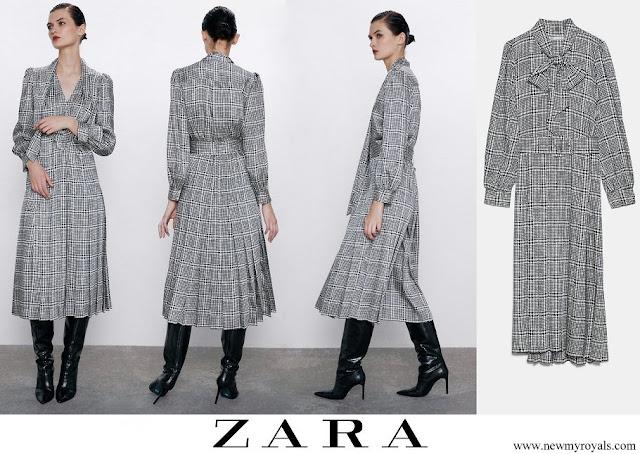 Kate Middleton wore Zara printed long sleeve dress