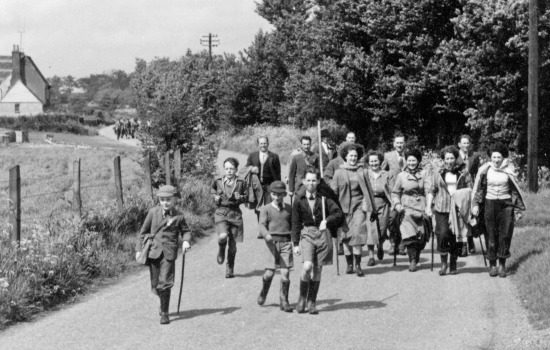 photograph of Beating The Bounds in August 1950Richard Papworth, Kenneth Geeky with pole, Dorothy Speary, Ruth Pinder, Delia Denchfield, Pauline Franklin, June Chuck, Reg Pettifer, Jack ShadboltImage by D Denchfield digitally enhanced by Mike Allen