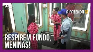 A Fazenda 12 – Mirella e Raissa seguem discussão – Juliano, Mirella e Victória criticam – Raissa recebe críticas