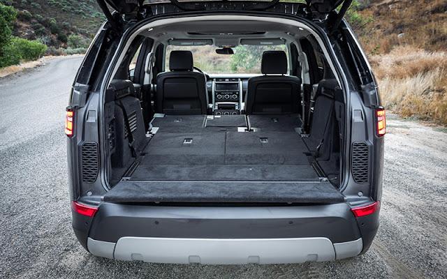 Land Rover Discovery có thiết kế khoang hành lý siêu rộng