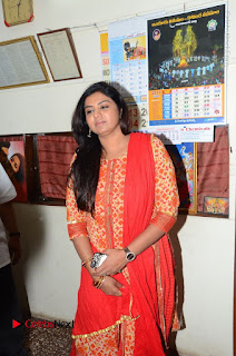 Shatamanam Bhavati Team at Sandhya Theater  0031.JPG