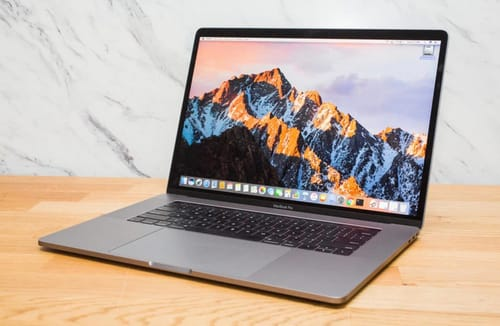 Apple knows it's selling defective MacBook Pro displays
